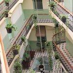 Lichthof des Hotels