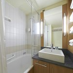 The spacious and clean bathroom