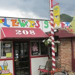 The front door of Lewis Sweet Shop.