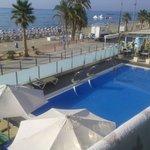 Vista de la piscina/playa desde habitación