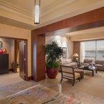 Grand Suite Foyer
