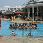 Аквааэробика в бассейне