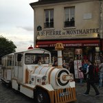 Little trolley going up and down Montmartre