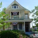 Hanna House - Pollack Street View
