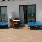 espace terrasse a demi privative très spacieuce