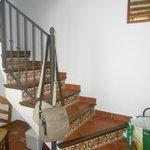 escalera que accede a las habitaciones