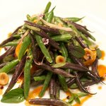 Organic String Beans with Hazelnut, Red Onion and Harissa