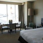 Room 407 Junior Suite dining area
