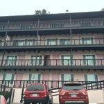 Fachada do hotel (Parte de trás)