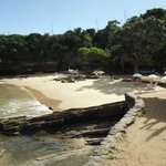 Minúscula praia é verdadeira joia da natureza em Búzios