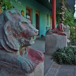 Garden Lion sculptures