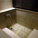 客室内の温泉