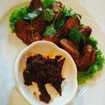 Pork sausage & spice paste with buffalo skin
