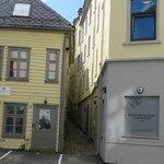Avoid rooms facing adjacent building