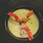 Sautéed shrimp in zucchini cream