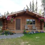 Front view of Cloudberry Cabin B&B