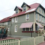 The Island Guest House Bed & Breakfast Inn