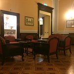 Hotel Brufani , lounge area
