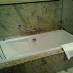 bathtub -villeroy & boch