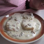 Full order biscuits & gravy