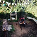 Beech Tree outdoor cooking area - lovely and private