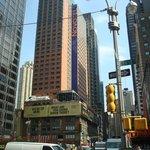 Novotel on Broadway met heerlijk terras.
