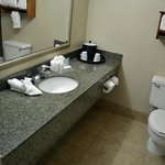 Schönes Zimmer mit geräumigem Bad