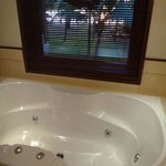 honeymoon suite whirlpool