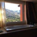bathtup in bedroom