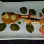 Queue de homard au caviar - noix de St Jacques au caviar sèche et palourdes...