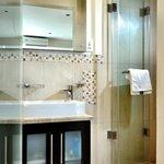 Mountain Room shower