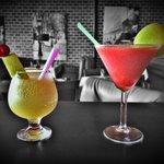 Les Banquettes Grill & Bar