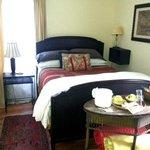 Canary, Crimson and Coal Room