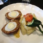 Scotch Egg with veg