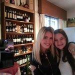 La famosa actriz y cantante Argentina: Lali Esposito, estuvo almorzando en La Bottega!!!