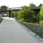 Walkway to bridge and River Road section