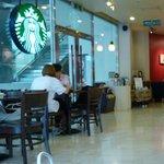Foto de Starbucks Chungmuro Station