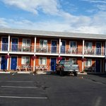 Building exterior, Cactus Tree Inn  |  5887 97th Street, Oliver, British Columbia V0H 1T0, Canad