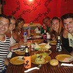 """Una cena genial!!! La comida tipica Tailandesa mas rica que hemos probado y la chica """"Mod"""", fue"""