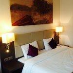 Nice room, bad hotel