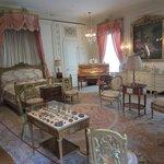 Marjorie Post's magnificent bedroom