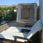 Eine Hälfte der Suite-Terrasse
