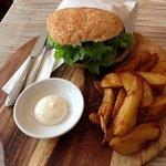 Photo de The White Plate Cafe