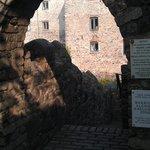 Entrance off Castle St
