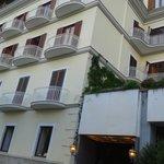 Vista Hotel la Bussola