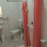 Поломанный душ