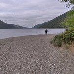 The beach area next to the hotel and Loch Lochy