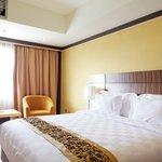 Photo de Nagoya Mansion Hotel & Residence