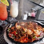 """fajitas with """"Sex on the Beach"""" and """"Chi chi"""""""