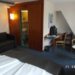 Room 606